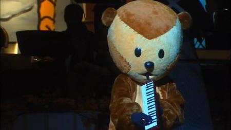 노다메가 멜로디온을 연주하는 장면